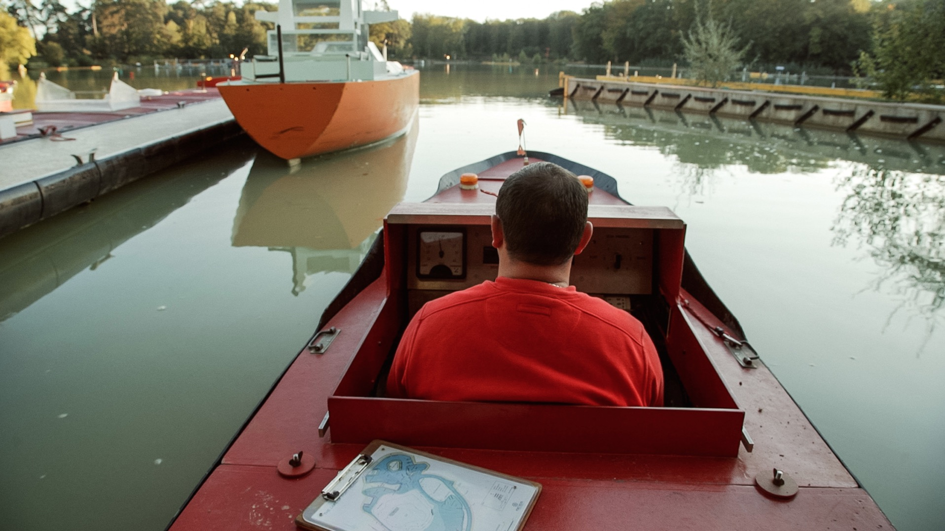 These Mini-Ships Teach Pilots How to Navigate Major Waterways – Vidéo